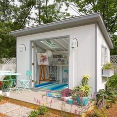 Incredible and cozy backyard studio shed design ideas (24)