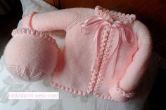 Baby Hats Knitting, Knitting For Kids, Crochet For Kids, Knitted Hats, Knit Crochet, Knitted Baby Cardigan, Girls Sweaters, Knit Sweaters, Knit Fashion