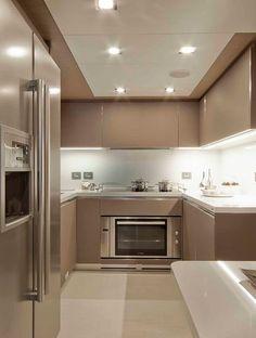 Nice design with lines on ceiling, floors and walls. New Kitchen Designs, Luxury Kitchen Design, Kitchen Room Design, Home Room Design, Kitchen Cabinet Design, Home Decor Kitchen, Interior Design Kitchen, Kitchen Ideas, Kitchen Modular