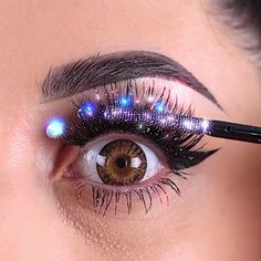 Glittery Eye Makeup Tutorial - Make Up Makeup Eye Looks, Eye Makeup Steps, Eye Makeup Designs, Creative Eye Makeup, Simple Makeup, Makeup Makeover, Smokey Eye Makeup Tutorial, Hooded Eye Makeup, Hooded Eyes