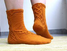 Ravelry: Arkadian Ulla pattern by Tiina Kuu Free Knitting, Knitting Socks, Knitting Patterns, Knit Socks, Knitting Ideas, Slipper Socks, Slippers, Crazy Socks, Knitted Bags