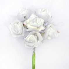 72 x SPECIAL EDITION Tres Beau Silk Roses White ❤ liked on Polyvore featuring home, home decor, floral decor, flower bouquets, silk bouquets, rose flower bouquet, flower home decor and white home accessories