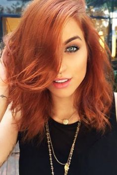 Trendy Hair Color : Copper Hair Color ❤️ A dark, light, ombre or balayage c. Hair Color Shades, Cool Hair Color, Light Auburn Hair Color, Medium Hair Styles, Natural Hair Styles, Short Hair Styles, Medium Red Hair, Hair Dos, Dyed Hair