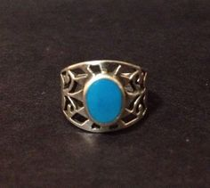 Pre Owned Sterling Silver Aztec Ring with Turquoise - Stamped 925 - Size 7 / N.5