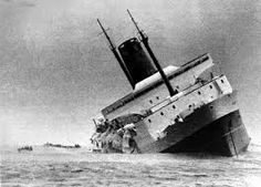 The sinking of the Lyttelton–Wellington ferry Wahine on 10 April 1968 was New Zealand's worst modern maritime disaster. History Online, Nz History, Abandoned Ships, Merchant Navy, Kiwiana, Shipwreck, South Island, Submarines, New Zealand