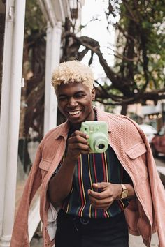 UO Giving Guide: Deon Hinton - Urban Outfitters - Blog