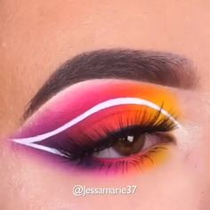 Cool Colorful Eye Makeup Idea - SHANY All In One Makeup Kit (Eyeshadow, Blushes, Powder, Lipstick & More) Holiday Exclusive Cosmeti - Makeup Eye Looks, Eye Makeup Steps, Eye Makeup Art, Crazy Makeup, Eyeshadow Looks, Eyeshadow Makeup, Makeup Kit, Uk Makeup, Makeup Online