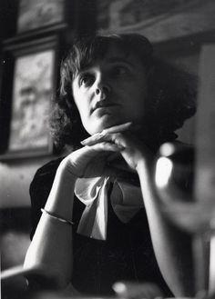 seabois:  A young Edith Piaf