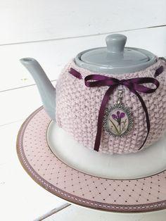Teapot cozy, cosy.