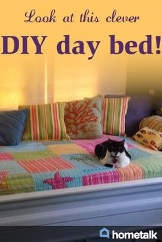 Look at this clever DIY day bed!