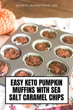 Keto Diet: These keto pumpkin muffins with sea salt caramel chips are so easy to make and something the whole family will enjoy this fall. Pumpkin everything!
