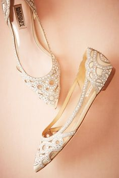 a8b8019a80492 24 Most Wanted Wedding Shoes For Bride   Bridesmaids