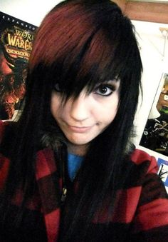 brown and black choppy hair #Leda Muir