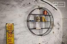Libreria a parete Flèxe e molti altri scaffali da scoprire su PIB, lo specialista in arredamenti, illuminazioni e decorazioni vintage.