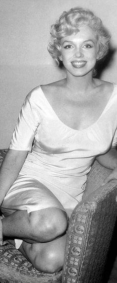 Marilyn awaiting the verdict in husband Arthur Miller's trial regarding his alleged involvement in Communism, August 8th 1958.