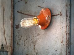 Applique en céramique. Mod. INDUSTRIAL D Light Bulb, Industrial, Home Decor, Ceramic Wall Lights, Contact Form, Wall Sconce Lighting, Industrial Music, Interior Design, Home Interior Design