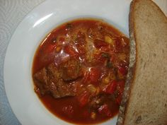 Ohnivá gulášová polévka Czech Recipes, Meatloaf, Chili, Cooking, Health, Kitchen, Chile, Health Care, Chilis