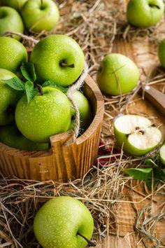 Maçãs, Apple, Fruta, Mesa, Verão, Colheita, Madura