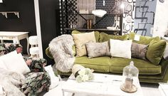 XxxLutz Blogger Event – Wien New Fashion Trends, Lifestyle Blog, Couch, Throw Pillows, Bed, Interior, Furniture, Home Decor, New Trends In Fashion