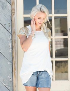 Sequins on my tee? YES, please  19.95 #boutiquedeals  #simpleaddiction #summerstyle