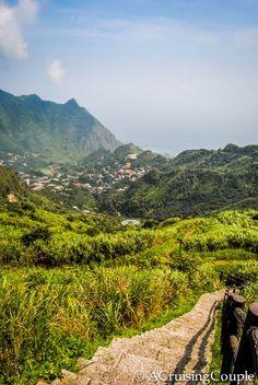 Hiking Teapot Mountain and Mt. Banping - A Cruising Couple