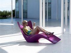 22 idées de chaise longue jardin design en matériaux de haute qualité