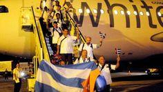 Rompiendo Muros: Ya están en Cuba todos los médicos y enfermeros qu...