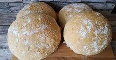 Lapsuudenystäväni oli tehnyt niin hyvää leipää, että oli ihan pakko kokeilla itsekkin. Tätä tosiaankin kannattaa kokeilla.... Bread Rolls, Bread Baking, Food Inspiration, Bread Recipes, Hamburger, Food And Drink, Koti, Breads, Cupcakes