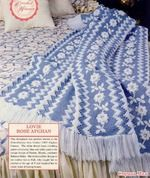 """Плед с белыми розами http://www.stranamam.ru/ с """"хитрой"""" обвязкой.  Описание  Полосы тунисской плетёнкой вяжутся очень просто Обвязка выполняется КОРОТКИМ КРЮЧКОМ."""