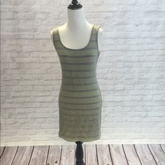 GUESS Medium Dress Perfect party dress! Light grey outside with a lime green lining that pops through. Has only been worn a few times (2-3). Make an offer  Guess Dresses Mini