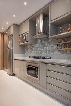 Kitchen Room Design, Kitchen Cabinet Design, Modern Kitchen Design, Interior Design Kitchen, Decor Home Living Room, Home Decor Furniture, Kitchen Furniture, Beige Kitchen Cabinets, Aluminium Kitchen