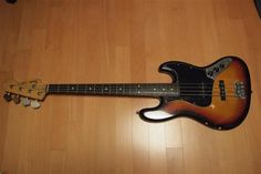 Fender Japan Reissue 62 Jazz Bass
