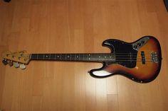 Fender Japan Reissue 62 Jazz Bass