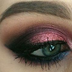 LOVE this UD Moondust look with Element in the center @aneczkowaa Share your looks to be featured #GlamExpress or http://ift.tt/1LKibRA (win cool stuff ) BBloggers YTers : check out our monthly beau (Cool Paintings Palette)