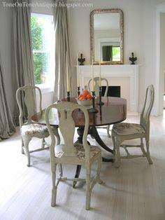 Tone on Tone: Duncan Phyfe dining table with painted Queen Anne chairs