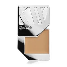 """""""Our deepest shade of foundation goes on like a dream thanks to ingredients like almond seed, jojoba, and coconut oils."""" - Kirsten Kjaer Weis – Our darkest color foundation has a rich, golden undertone – Made for medium dark - dark skin tones – Creamy… Best Natural Foundation, Sheer Foundation, Foundation Colors, Foundation Brush, Compact Foundation, Makeup Foundation, Organic Makeup, Organic Beauty, Natural Makeup"""