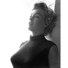 1952 Marilyn Monroe Black & White Photography Print - Image 2 of 3 Gentlemen Prefer Blondes, Brigitte Bardot, Marilyn Monroe Fotos, Marilyn Monroe Style, George Hurrell, Marlene Dietrich, Norma Jeane, Old Hollywood, Black And White Photography
