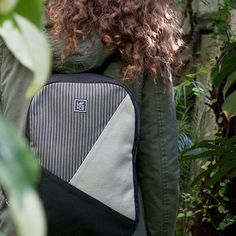 Olyvia  #olyvia #backpacks #unisex #grey #stripes #mochilas #gris #rayas #urban #lafandco