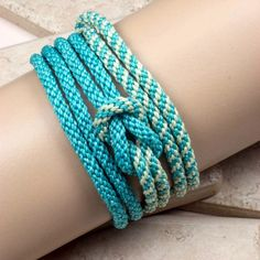 Gifts For Her – How to Really Impress Women on Any Budget – Gift Ideas Anywhere Bracelet Making, Jewelry Making, Handmade Bracelets, Cool Gifts, Crafts To Make, Friendship Bracelets, Gifts For Her, Beads, Aqua