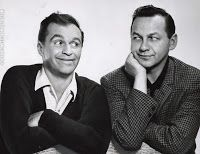 Legendary comedic duo Johnny Wayne & Frank Shuster appear in an image that was published in The New York Times on May 1960 to promote an appearance on The Ed Sullivan Show. Canadian Culture, I Am Canadian, Canadian History, Canadian Humour, Famous Couples, Famous Men, The Ed Sullivan Show, Comedy Duos, Popular People