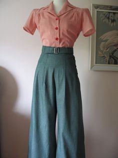 1930s/40s trouser style.