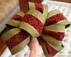 How to make a large Christmas decoration bow. DIY holiday bow.  For gifts, trees, wreaths, front doors.  Using wired ribbon.  Victoria Elizabeth Barnes