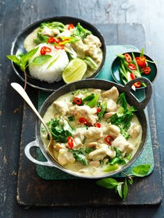 Green Thai Chicken Curry with Asian Greens Recipe Easy Thai Green Curry, Thai Green Chicken Curry, Thai Green Curry Recipes, Green Thai, Authentic Thai Green Curry, Asian Chicken, Easy Home Recipes, Asian Recipes, Healthy Recipes