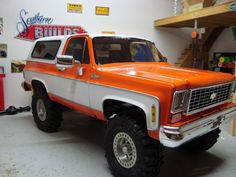 Jacked Up Trucks, Classic Chevy Trucks, Big Rig Trucks, Gm Trucks, Cool Trucks, Fire Trucks, Pickup Trucks, Chevy 4x4, Lifted Chevy