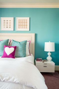 Teen bedroom colors new room same furniture adding new paint and accessories can transform a space Bedroom Paint Colors, Room Makeover, Bedroom Makeover, Home Bedroom, Tween Bedroom Decor, Home Decor, Room Decor, Bedroom Decor, New Room