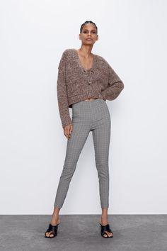 High-waist leggings with an elastic waistband and side zip fastening. HEIGHT OF MODEL: 177 cm. Zara Outfit, Zara Australia, Zara Home Stores, Leggings, Zara United States, New Wardrobe, Jeans, Work Wear, Parachute Pants