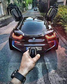 (BMW > if that remote, controls the doors, that would be awesome . it does control vehicles with auto park option Bugatti, Lamborghini, Ferrari, Bmw I8, Gilles Villeneuve, Bmw Love, Remote Control Cars, Porsche, Expensive Cars