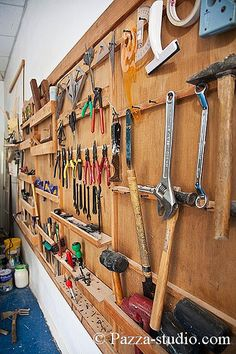 #Creative Workspace - yes this would be fabulous - organized tools
