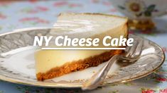 The classic from the USA: cheesecake! It's so easy to make the cheesecake! The classic from the USA: cheesecake! It's so easy to make the cheesecake! Easy Vanilla Cake Recipe, Chocolate Cake Recipe Easy, Chocolate Cookie Recipes, Chocolate Chip Cookies, Cake Mix Cookie Recipes, Easy Cheesecake Recipes, Homemade Cake Recipes, Homemade Cheesecake, Easy Recipes