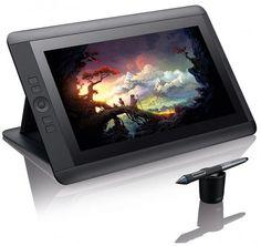 Η εταιρία Wacom αποκάλυψε το νέο της tablet, το Cintiq 13HD. Τα ιδιαίτερα χαρακτηριστικά αυτής της ταμπλέτας εστιάζονται στην μεγάλη οθόνη 13 ιντσών που καταστεί εύκολη την χρήση του tablet από τον χρήστη.